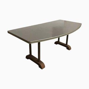 Mesa de comedor industrial redonda con tablero curvado, años 50