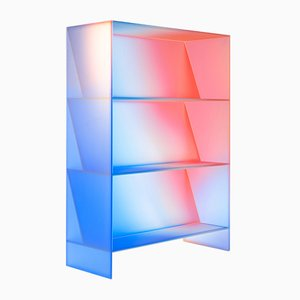 Halo High Display Case by Studio Buzao
