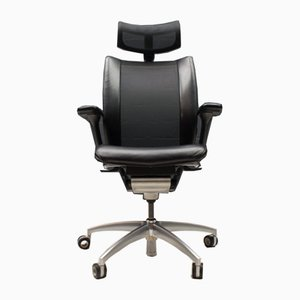 Titan Limited Desk Chair from Wagner