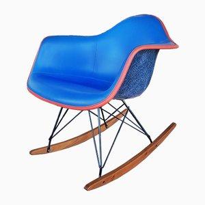 Sedia a dondolo modello RAR Mid-Century di Charles & Ray Eames per Herman Miller