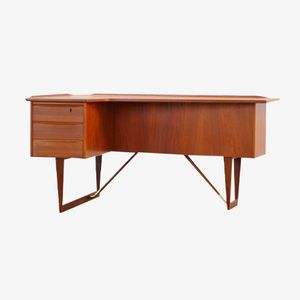 Teak Boomerang Desk by Peter Løvig Nielsen for Hedensted Møbelfabrik, 1964