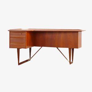 Teak Boomerang Desk by Peter Løvig Nielsen for Hedensted Møbelfabrik, 1964