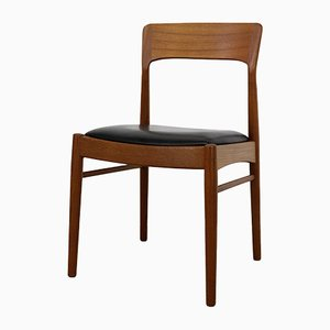 Teak Model 26 Dining Chairs by Henning Kjærnulf for KS Møbler, 1960s, Set of 4