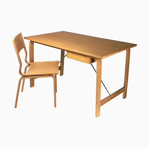 Scrivania e sedia Saint Catherines in quercia di Arne Jacobsen per Fritz Hansen, Danimarca, anni '60, set di 2