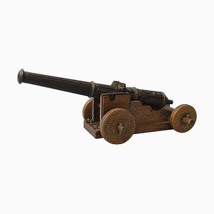 Antike militärische Miniatur Kanone