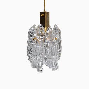 Lámpara colgante de cristal de hielo dorado de JT Kalmar para Kalmar, años 50