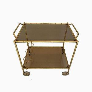 Antiker goldener Rollwagen im neoklassizistischen Stil