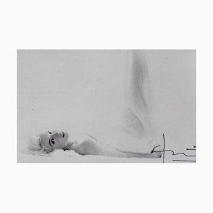 Marilyn in the Clouds von Bert Stern, 2009