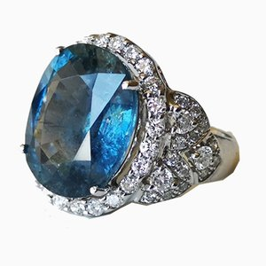 Grey Gold Ring with un-Heated Natural Sapphire of 13.50 Karats
