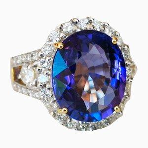 Ring aus 18 Karat Tansanit mit 9 Karat Diamanten in Gänsekronendetail