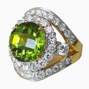 Bague in 18 Karats Peridot 6.5ks and Diamonds