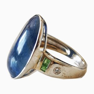 White Gold Ring 750 18kt Sapphire Unheated from Burma Emeralds and Diamonds