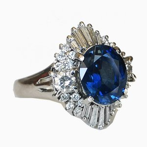 Platinum Ring with Sapphire and Diamonds 3.45 Karats