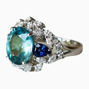 Ring in White Gold 18 Karats with Natural Blue Zircon 4.5 ks Diamonds & Sapphires