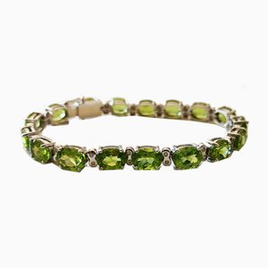 Soft Peridot Line Gold Bracelet 36 Karat and Diamonds