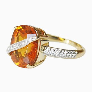 18 Karat Yellow Gold Ring 7.8 Karats Yellow Sapphire and Diamonds