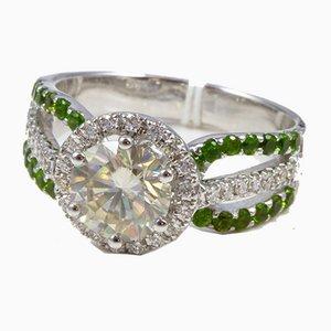 Bague en Or Blanc Orné de Grenats Moissanite Verts en Diamants