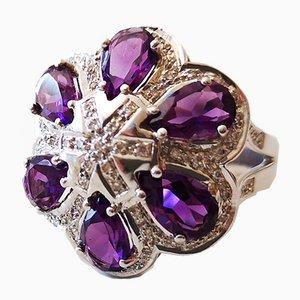 Ring aus 18 Karat Weißgold mit Amethyst und Diamanten