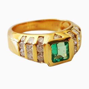 Bague en Or Jaune 18 Carats Emeraude de Colombie 0.63 Karat Diamond
