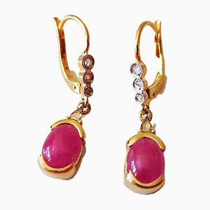 Antique Earrings in 18k Yellow Gold Adorned with Ruby ​​Cabochon and Diamond Cut Roses, Set of 2