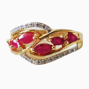 Ring in 18k Yellow Gold Diamonds and Rubies
