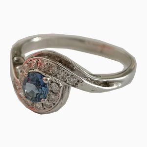White Gold Ring 18kt Sapphire of 0,3kt and Diamonds