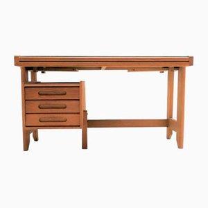 Heller Schreibtisch aus Eiche von Guillerme et Chambron für Votre Maison, 1970er