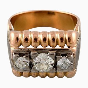 Large Art Deco Ring in 18 Karat Gold with Three Old Cut Large Diamonds, 1930s