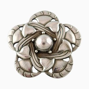 Broche Art Nouveau Design Number 12 en Argent Sterling par Georg Jensen