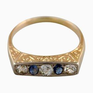 Skandinavischer 14 Karat Art Deco Goldring mit Brillanten & Saphiren