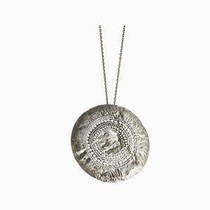 Collier pendentif en argent par Liisa Vitali, 1960