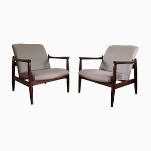 Mid-Century Linen Gray and Walnut Armchairs by Edmund Homa for Gościcińskie Fabryki Mebli, 1960s, Set of 2
