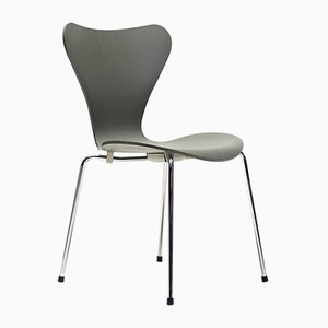 Model 3107 Dining Chair by Arne Jacobsen, 2010