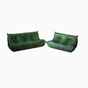 Sofá Togo de cuero verde con dos asientos y tres asientos de cuero de Michel Ducaroy para Ligne Roset, años 70. Juego de 2