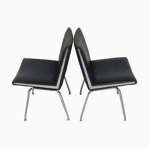 Airport Chairs in Schwarz von Hans J. Wegner für AP Stolen, 1960er, 2er Set