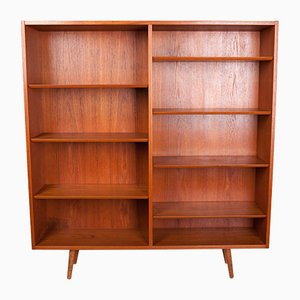 Danish Teak Bookcase by Poul Hundevad for Hundevad & Co., 1970s