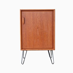 Mid-Century Teak Chest of Drawers from Dyrlund