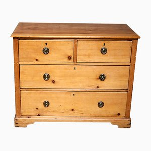 Small Proportioned Pine Chest of Drawers