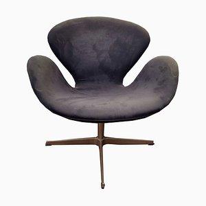 Sedia modello 3320 Swan di Arne Jacobsen per Fritz Hansen, 2003