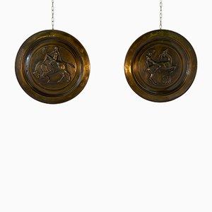 Dekorative italienische Art Deco Teller aus Messing, 1940er, 2er Set