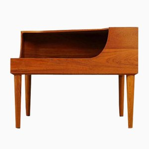 Norwegian Teak Two-Tier Corner Coffee Table by Tove & Edvard Kindt-Larsen for Gustav Bahus, 1960s