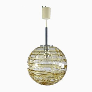 Lámpara colgante Mid-Century esférica de vidrio ámbar y transparente de Doria Leuchten, años 60