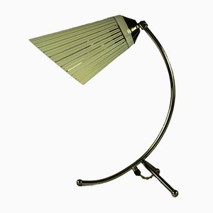 Lampada da tavolo vintage in ottone con base a forma di piedi e vetro, anni '50