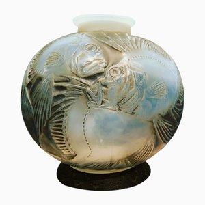 Opalescent Fish Vase by R. Lalique, 1921