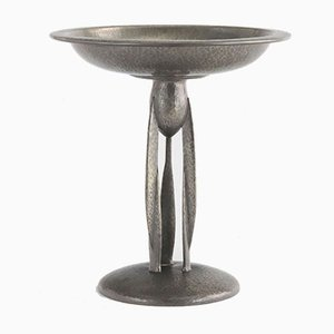 Arts & Crafts Tudric Planished Pewter Centerpiece by Archibald Knox for Liberty & Co, 1910s