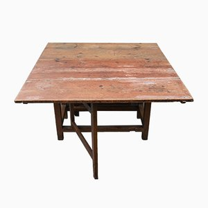 Early-19th Century Folk Art Country Pine Drop-Leaf Gateleg Dining Table