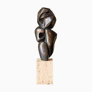 Escultura figurativa pequeña de bronce, años 70