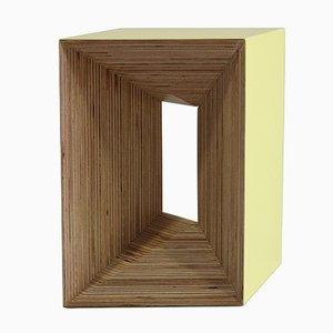 Plywood Stool giallo di Studio Deusdara