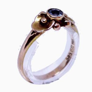 Ring of 14kt Gold with Decorative Socket with Aquamarine