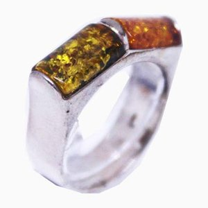 925 Sterling Silver Ring Decorated with Amber